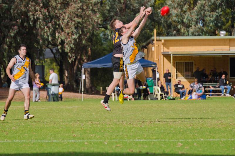 Aussie-Footy-1.jpg