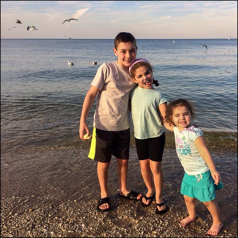 kids-at-Jones-Beach.jpg