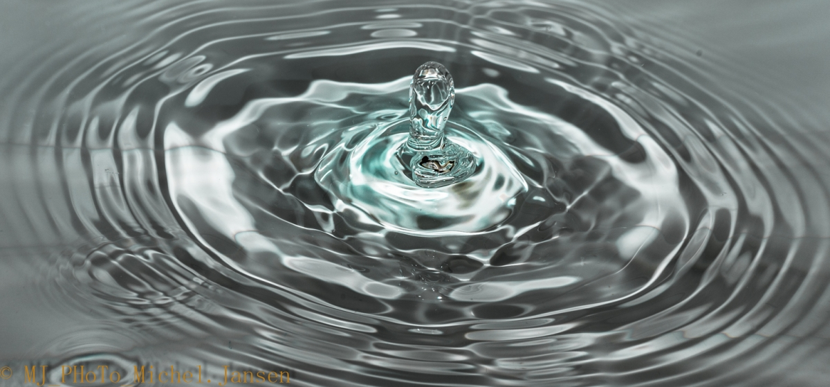 Water-sculptures-created-by-water-droplets-3.jpg