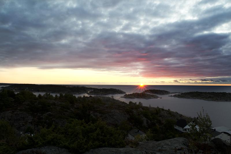 https://easy-exposure.com/wp-content/uploads/2012/09/5l51g-Soloppgang-utenfor-Risør.jpg