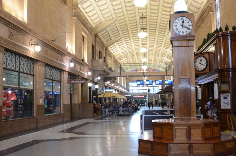 https://easy-exposure.com/wp-content/uploads/2012/09/h0959-Adelaide-Station-01.jpg